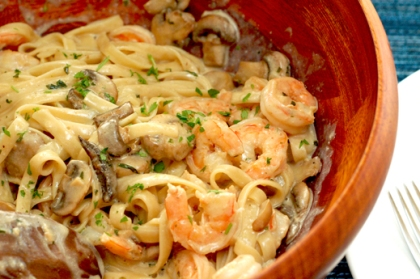 Woo! Shrimp and Mushroom Pasta!